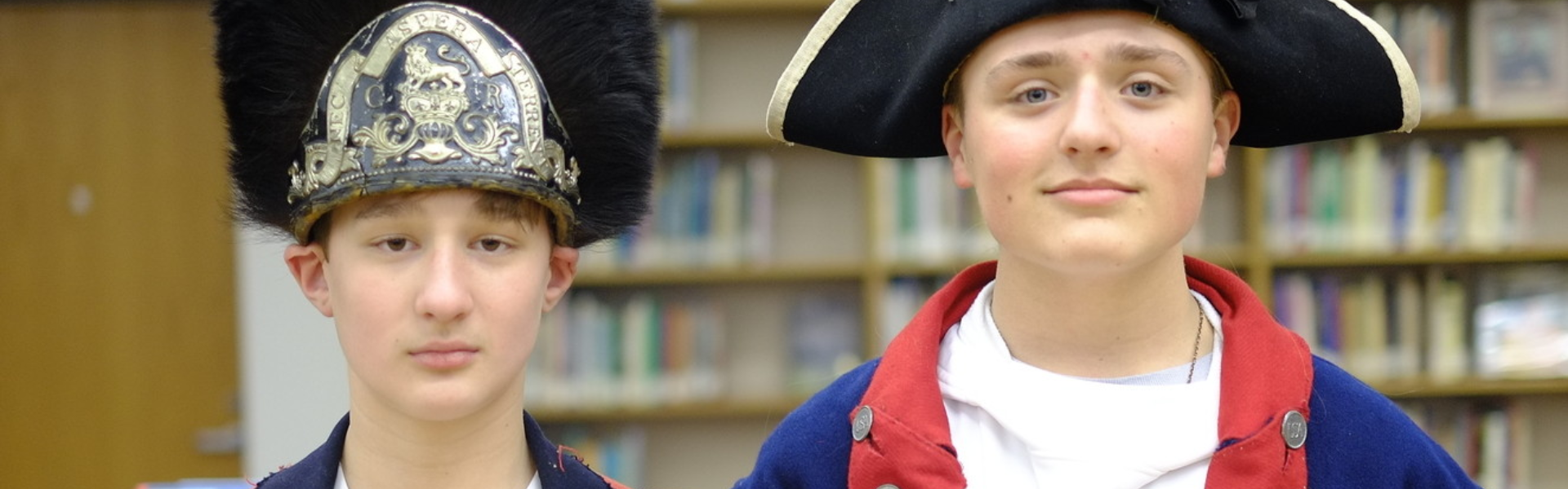 Students dressed up in Revolutionary War uniforms