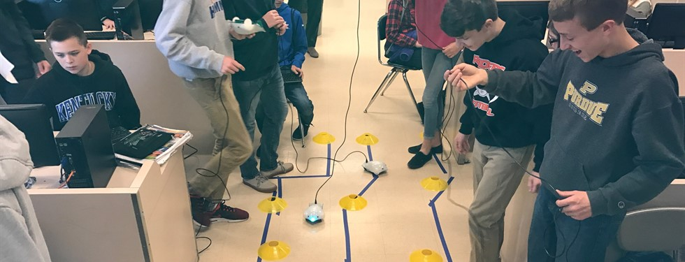 Robotic Finch's Programing in Mrs. Amon's Class