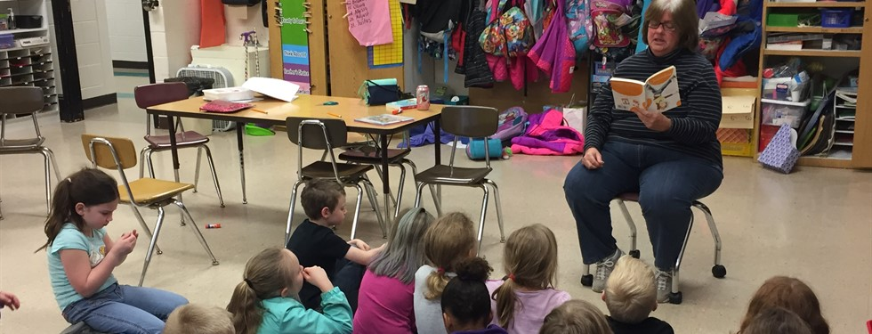 Mrs. Tallarigo returned as a guest reader.